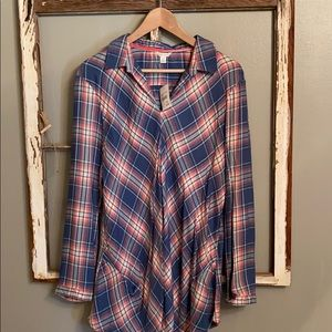 Cato blouse blue and pink! Perfect for spring!
